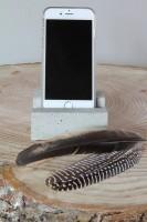 noteboompje-telefoonhouder-beton