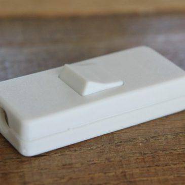 Het Noteboompje snoerschakelaar wit