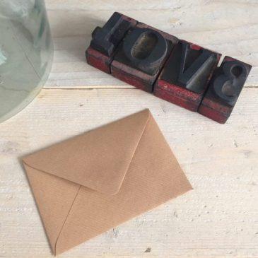 kraft envelop kraftenvelop kraftpapier gegomd A6 11 x 15,6 cm bruin