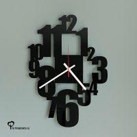 Klok wandklok zwart zwarte plexiglas acrylaat getallen cijfers lasersnijder lasercutter berken berkenhout stil uurwerk het noteboompje